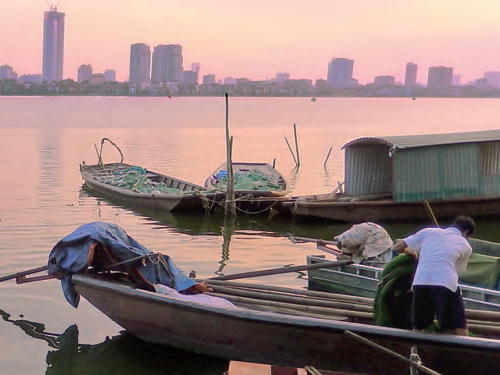 Hanoi in transition: the emergence of a metropolitan region