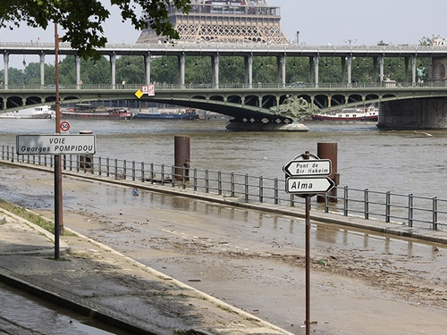 The Paris Region, an area highly exposed to a centennial flood